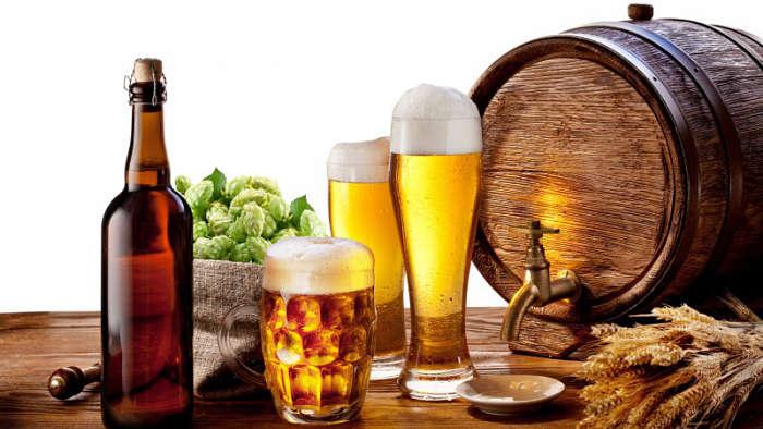 Nghiêm cấm uống Rượu bia và chất kích thích khi bị huyết áp cao
