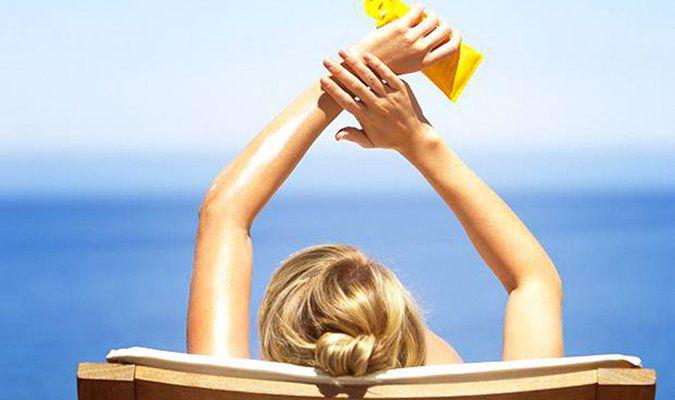 chọn kem chống nắng cho da dầu?