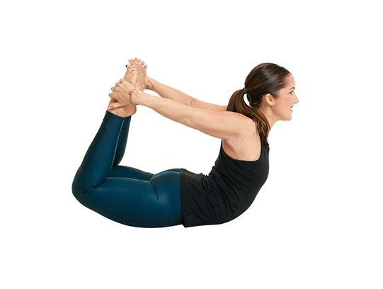 Tư thế yoga cánh cung – Dhanurasana