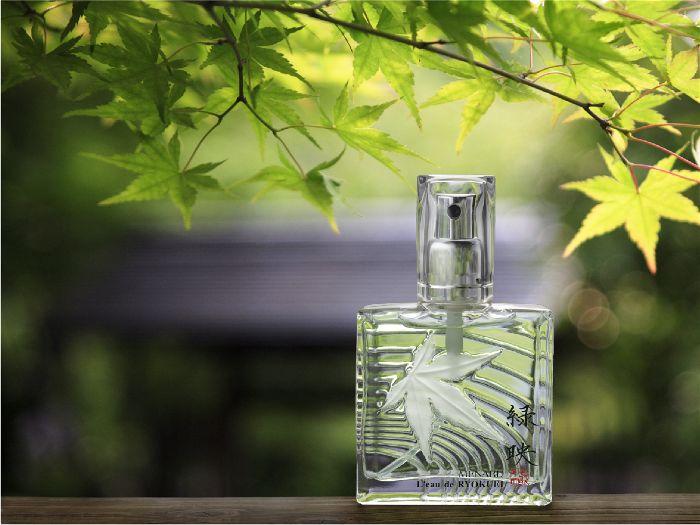 Nguồn gốc mùi hương của nước hoa